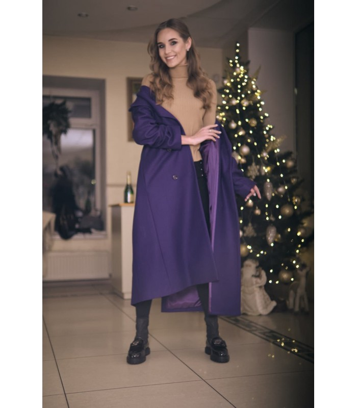 Пальто фіолетовий з гудзиками
