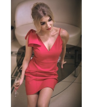 Сукня червона з бантом