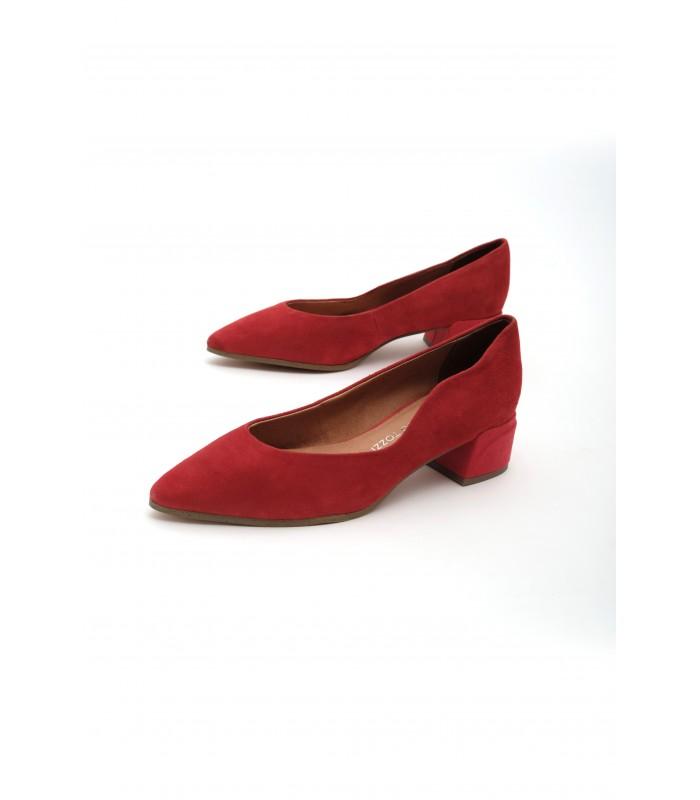 Туфлі червоні замшеві з фігурним вирізом