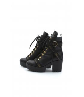 Ботільони чорні шкіряні з ременями на каблуку на хутрі - Respected-Person