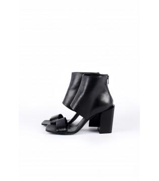 Ботільони чорні відкриті з квадратним носком на каблуку