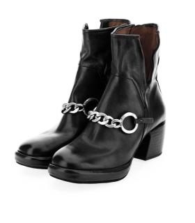 Ботільони чорні з ланцюжком на каблуку - Respected-Person