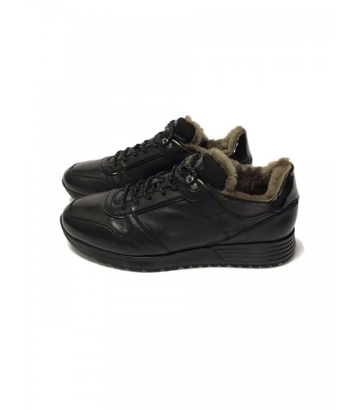 Кросівки чорні чоловічі на хутрі