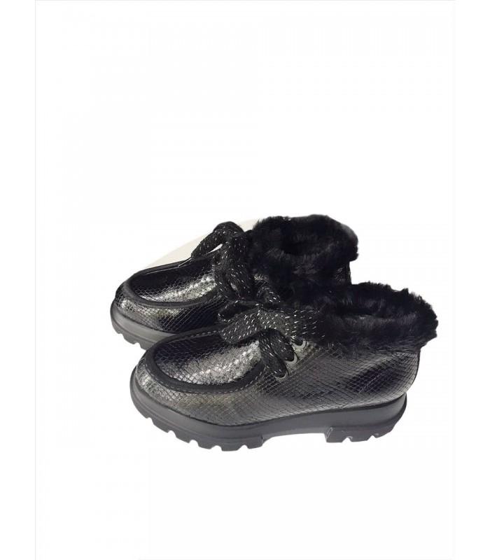Черевики чорні шкіряні з чешуї на грубій підошві