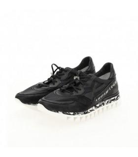 Кросівки чорні з вінтажної шкіри на білій підошві