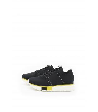Кросівки чорні із стрейчевого текстилю на високій підошві