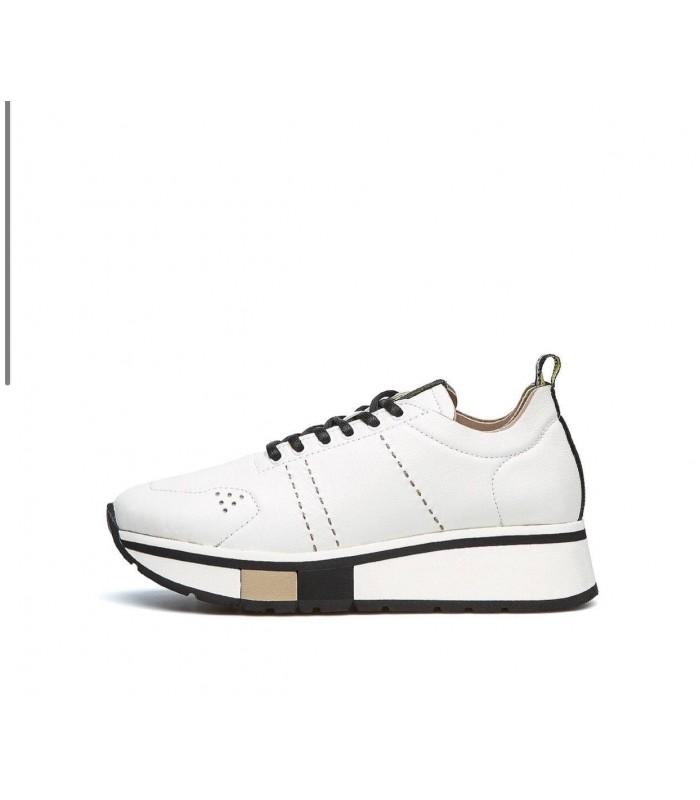 Кросівки білі шкіряні з бежевим