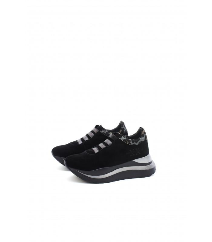 Кросівки чорні замшеві з резинками