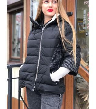 Куртка чорна з трикотажними вставками
