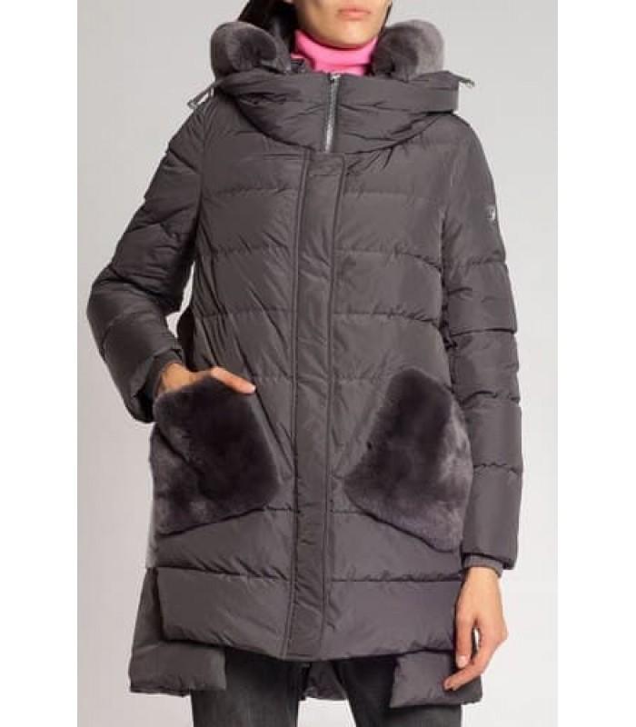 Куртка капучіно з кишенями з хутра