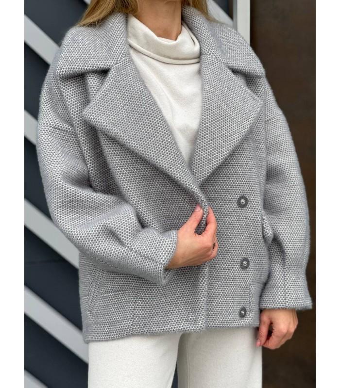 Пальто сіре вкорочене