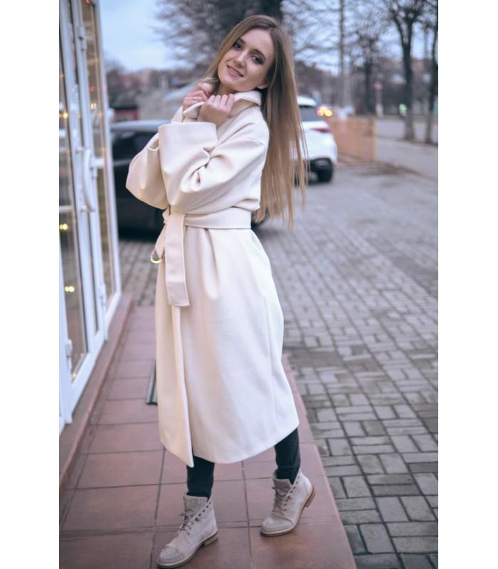 Пальто молочне з поясом