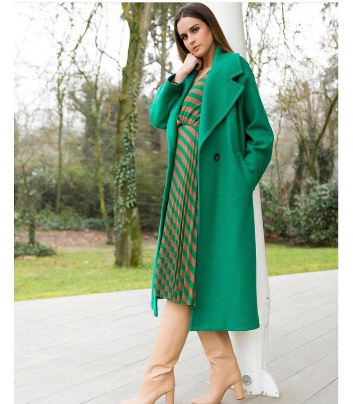 Пальто зелене з гудзиками