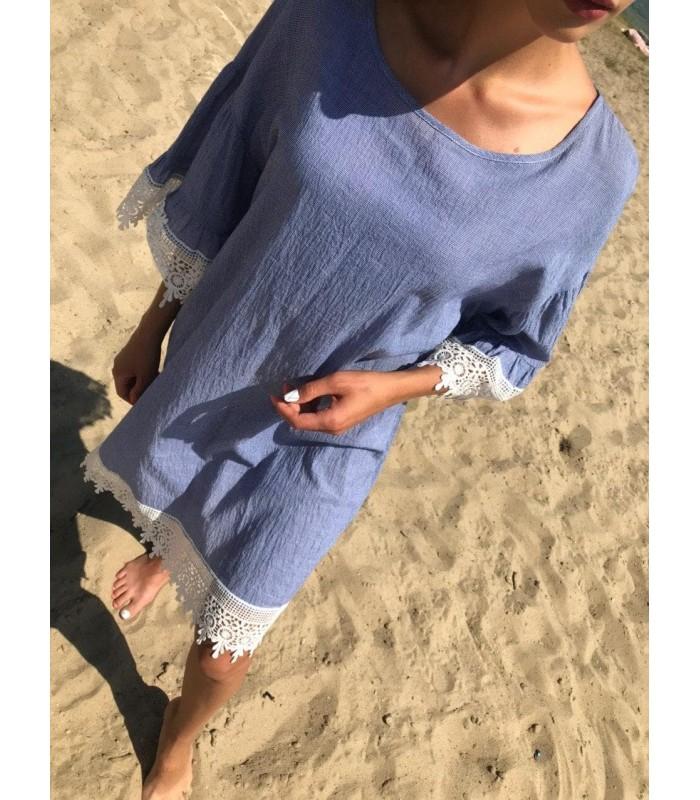 Сукня блакитна з мереживом