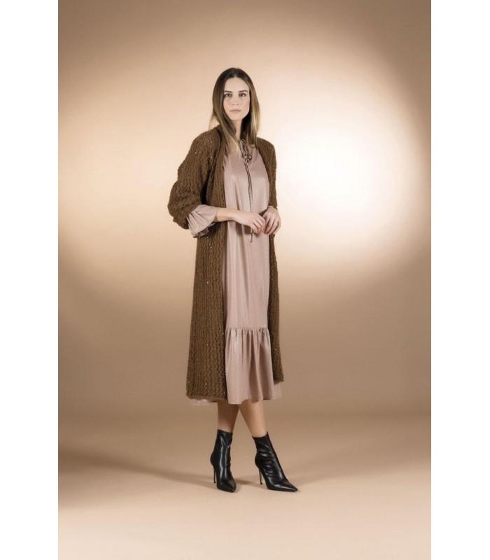 Сукня крем-брюле довга з рюшами