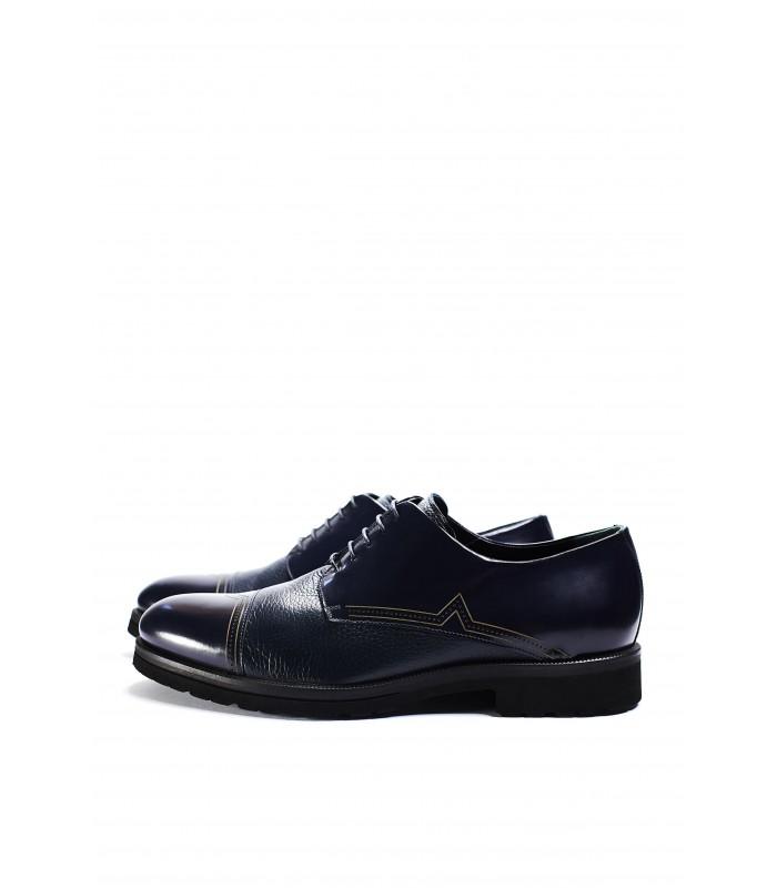 Туфлі сині з фактурної та глянцевої шкіри на шнурівці
