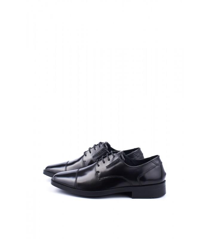 Туфлі чорні з глянцевої натуральної шкіри на шнурівці