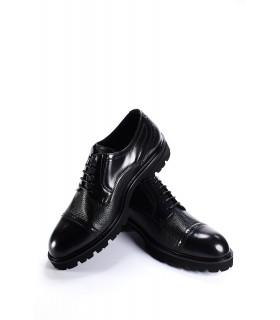 Туфлі чорні шкіряні з лакованими вставкми на тракторній підошві 1 - Respected-Person