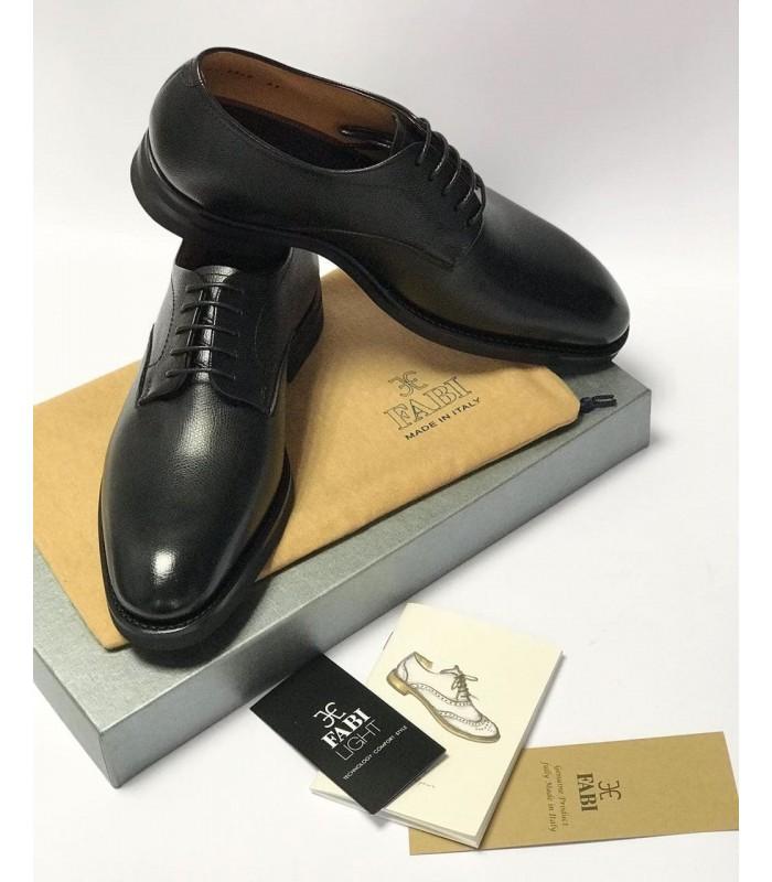 Туфлі чорні чоловічі з напівквадратним носком