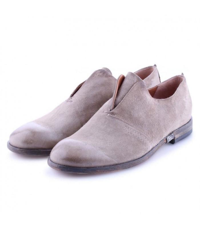 Туфлі-лофери пісочні з вінтажної шкіри